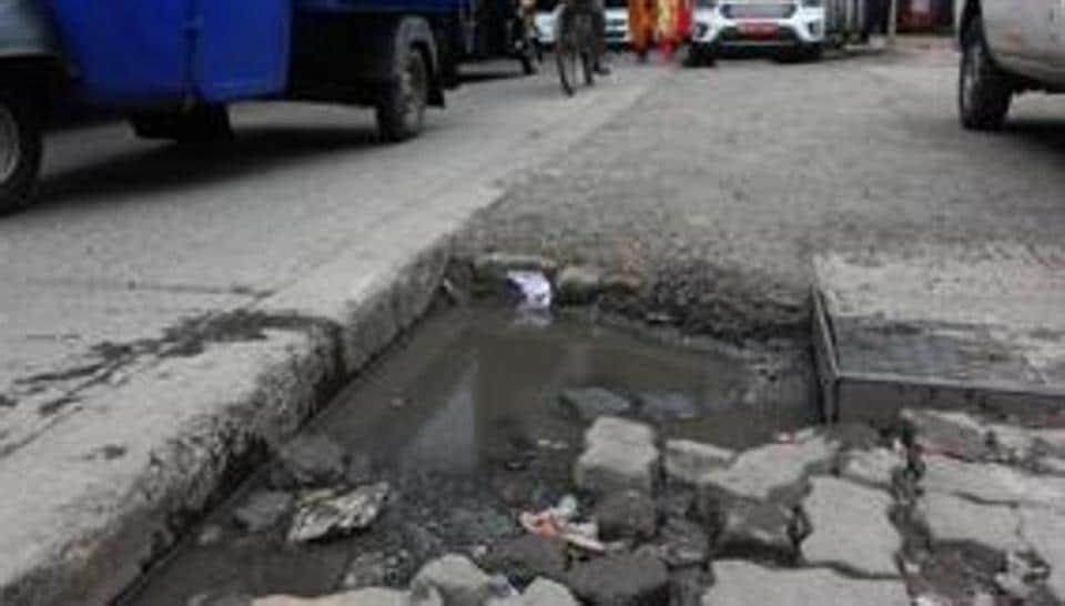 It's no secret that the politician-bureaucrat-contractor nexus has kept the city's roads pothole-ridden.