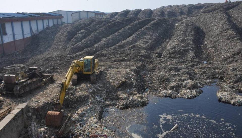 Gurgaon,Bandhwari plant,waste pile