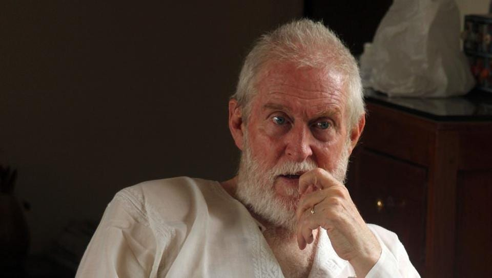 Actor Tom Alter performed two plays, Ghalib and Ghalib Ke Khat in Gurgaon on Sunday. Epicentre shut down from Monday following a pending lease.
