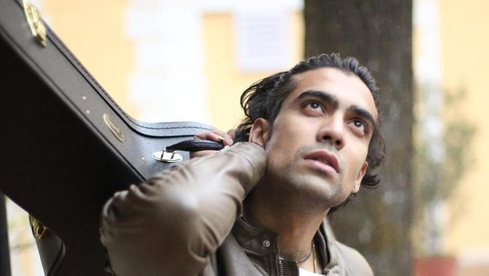 Singer Jubin Nautiyal says internet killed the 90s pop industry and the concept of music albums.