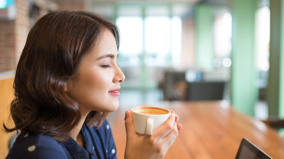 Drinking coffee and tea may help people to live longer by reducing chemicals in the blood that can trigger heart disease.