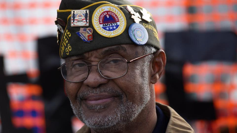 Henry Slayton, a Vietnam veteran, attends the annual parade down MLK Boulevard to honour Martin Luther King, in Chattanooga, Tennessee. (Billy Weeks/REUTERS)