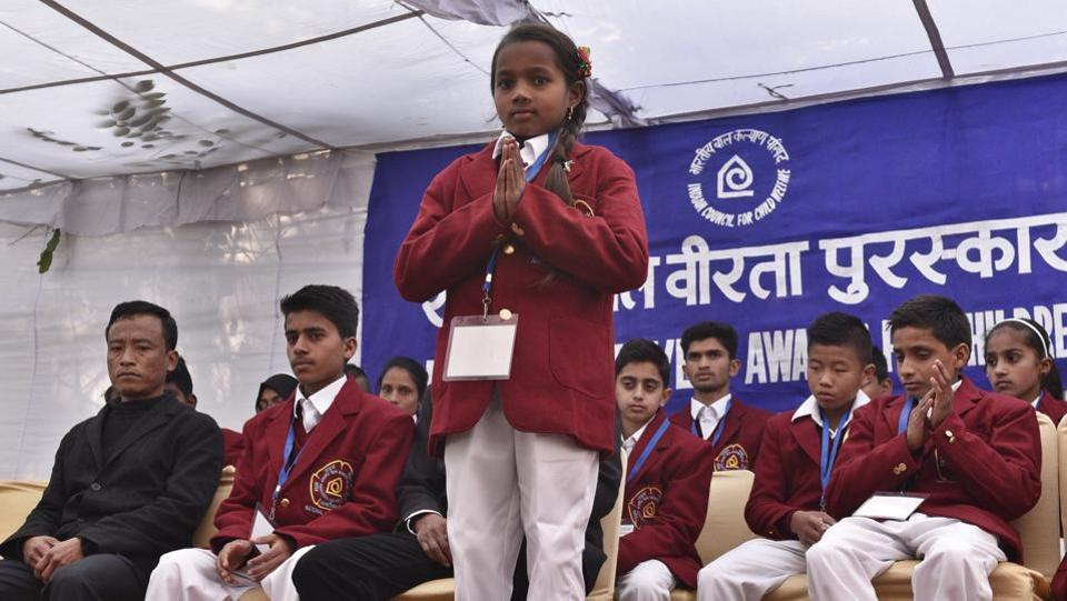 Eight-year-old Kumari Neelam Dhruv from Chhattisgarh won an award for pulling her friend to safety from drowning in a pond at her village. (Mohd Zakir/HT Photo)