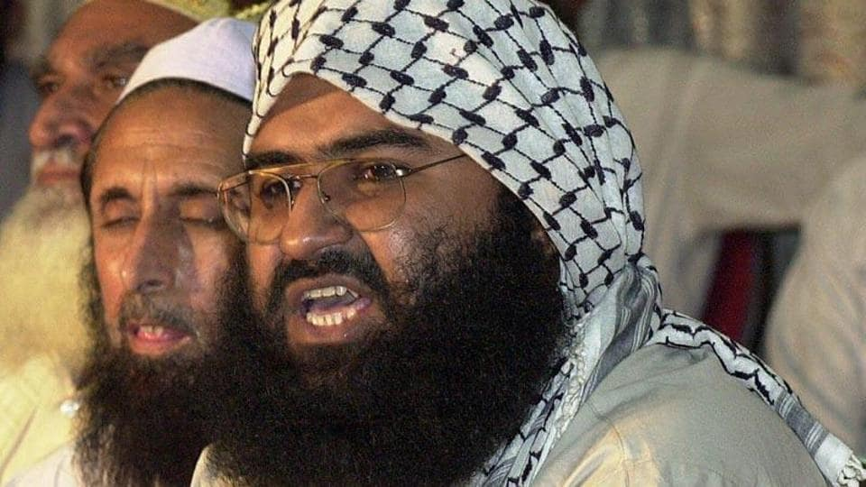 Jaish-e-Mohammad chief Masood Azhar, a militant released from an Indian jail in 1999 in exchange for Indian airliner hostages, addresses a meeting of Pakistan's religious and political parties in Islamabad against the UN monitors.