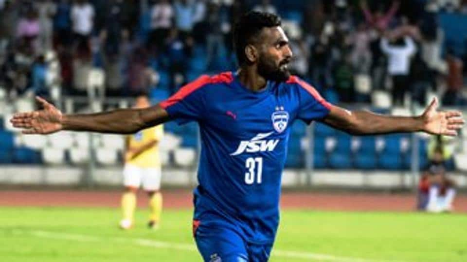 CK Vineeth's hat-trick helped defending champions Bengaluru FC rout Mumbai FC 3-0 in a third round match of the I-League.