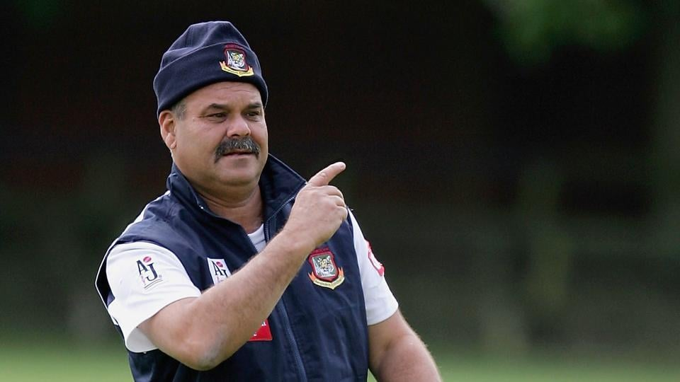Dav Whatmore, who coached Sri Lanka to a World Cup win in 1996, says Australia will struggle on the tour of India against Ravichandran Ashwin & Co