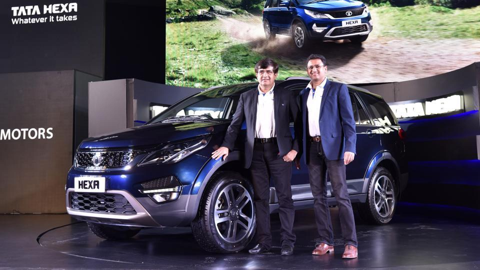 Mayanj Pareek, president of passenger vehicles unit of Tata Motors (Left) with Vivek Srivatsa head-marketing passenger vehicles business units of Tata Motors launch Tata Hexa, in New Delhi, India. (Sanjeev Verma/HT PHOTO)