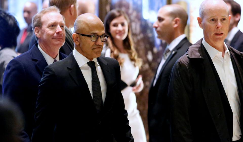 Microsoft CEO Satya Nadella enters Trump Tower ahead of a meeting of technology leaders with President-elect Donald Trump in Manhattan, New York City, U.S., December 14, 2016. REUTERS/Andrew Kelly