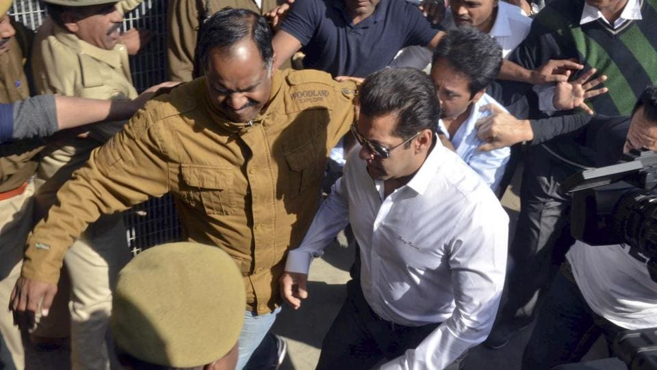 Salman Khan at Jodhpur after being acquitted in the case. Chief judicial magistrate Dalpat Singh Rajpurohit said the prosecution had failed to prove both the charges against him. (Ramji Vyas/HT Photo)