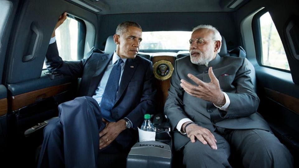 US President Barack Obama and Prime Minister Narendra Modi driving to the Martin Luther King Jr Memorial in the presidential limousine in September 2014.