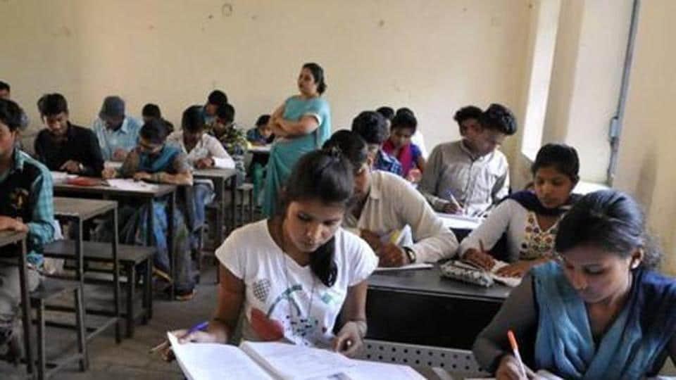 SNDT college,mumbai college,dress code in colleges