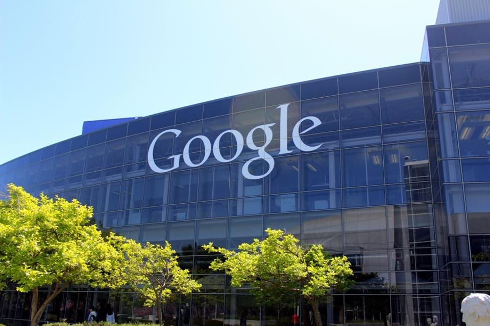 Google,Twitter,Fabric