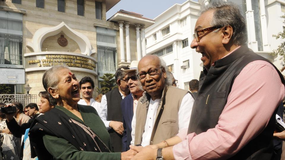 Alumni of Presidency University participated in a rally to mark the bicentenary celebrations of the Hindoo College, Kolkata, which was renamed Presidency College in 1855. The college, affiliated to the University of Calcutta, was given the status of an independent University in 2010. the institute .