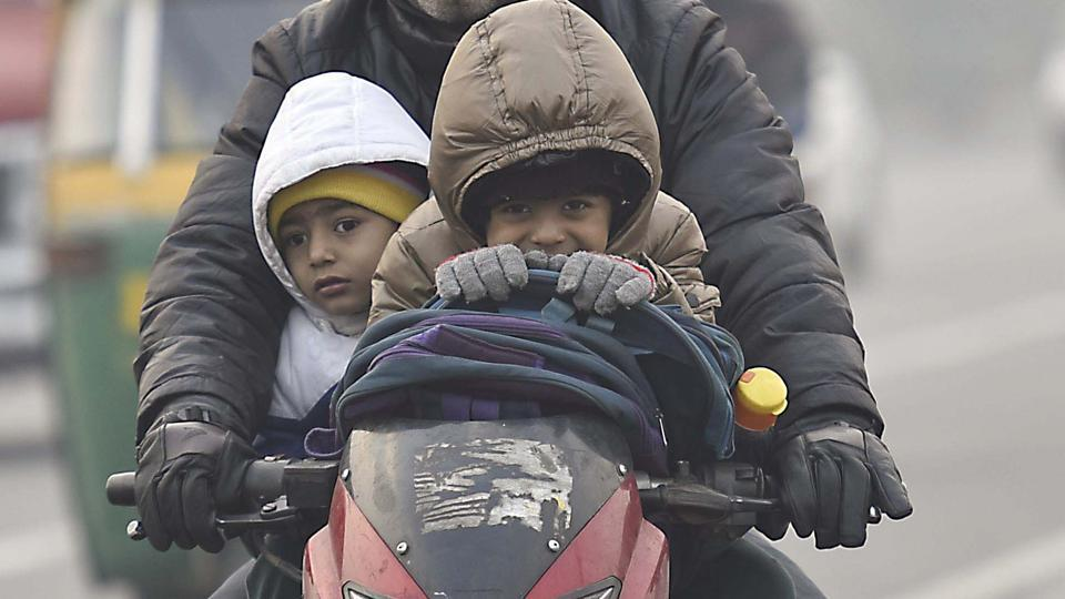 The minimum temperature in Delhi was recorded at 4 degrees Celsius. However, the residents said it felt a lot colder. Weather experts said it is because of the 'wind chill' factor.