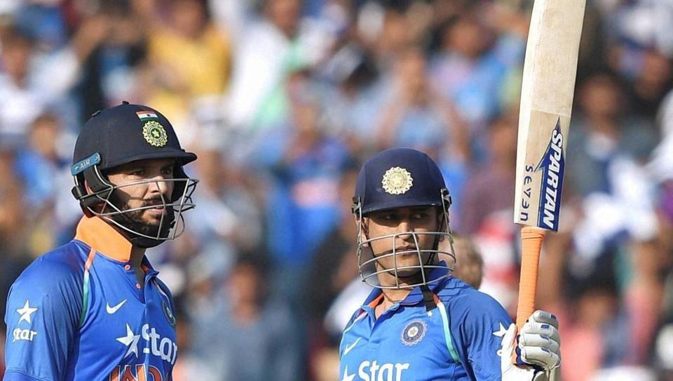 yuvraj singh,mahendra singh dhoni,indian cricket team