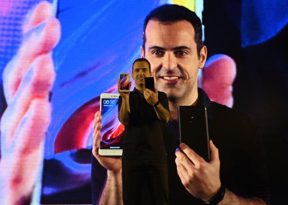 Hugo Barra, Vice President of Xiaomi Global, unveiling Redmi Note 4 phones in New Delhi