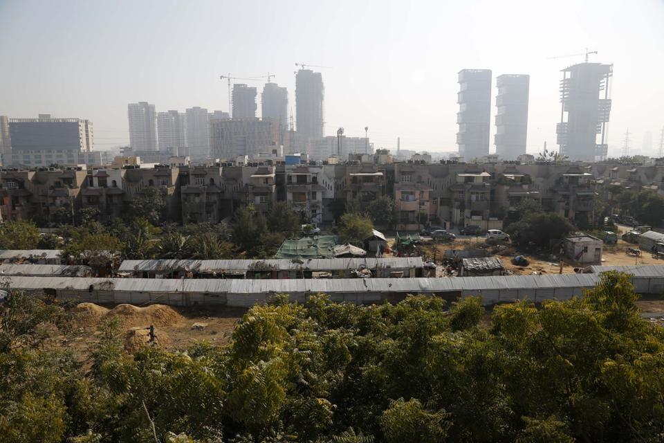 Gurgoan,slum dwellings,urbanisation