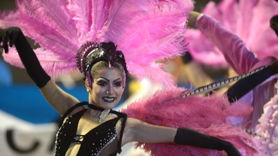 Performers participate in the opening parade of the Uruguayan carnival, the world longest, in Montevideo, on January 19, 2017. The carnival is a popular festival that takes place every year in Uruguay from mid January to late February.  (AFP PHOTO / MIGUEL ROJO / AFP)