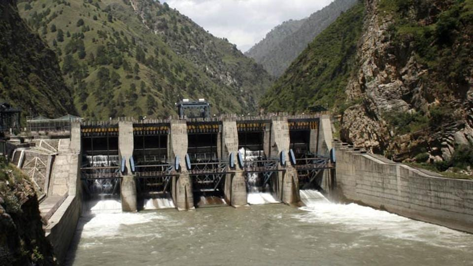 Pakistan's two parliamentary committees in rare joint resolution asked India to immediately suspend work on two hydropower projects in Jammu and Kashmir and agree on the constitution of an arbitration court to resolve the water dispute.