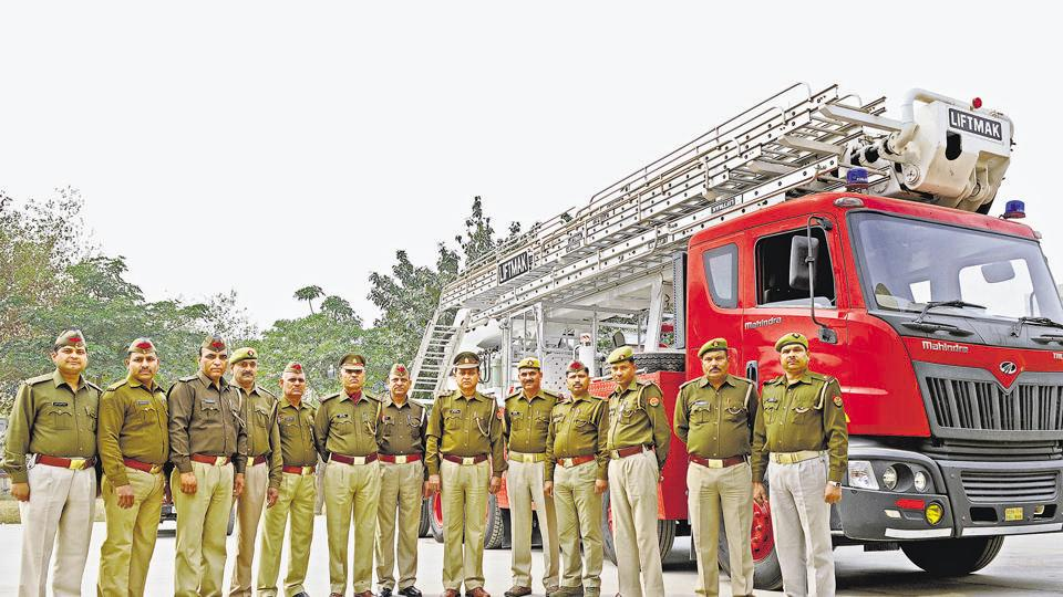 fire,Noida,firefighters