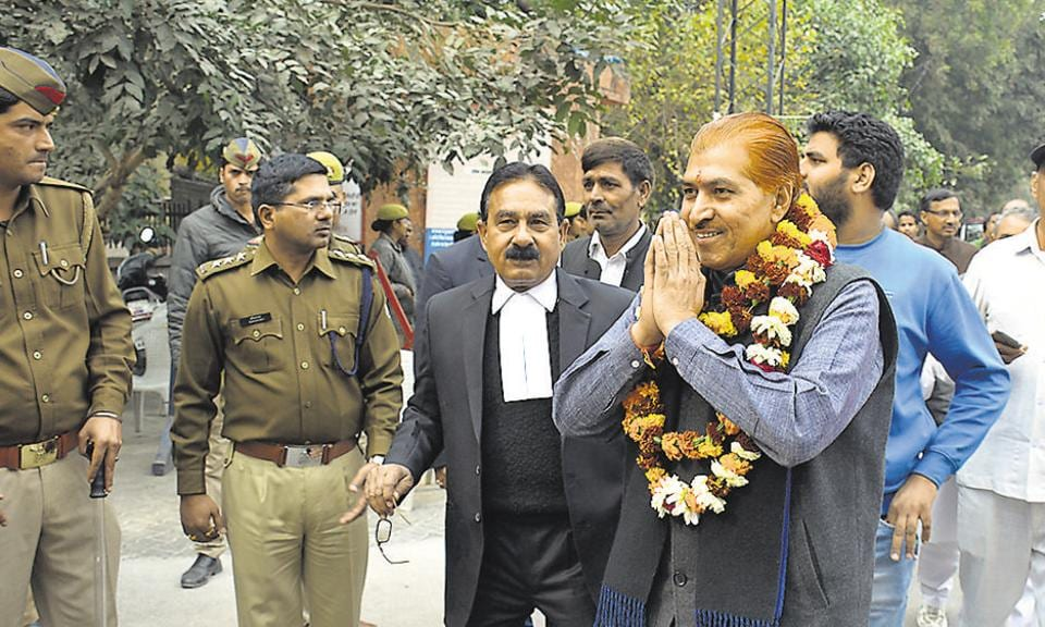 RLD nominee Madan Bhaiya had three criminal cases against him, but got bail. He filed his nomination paper on Saturday.