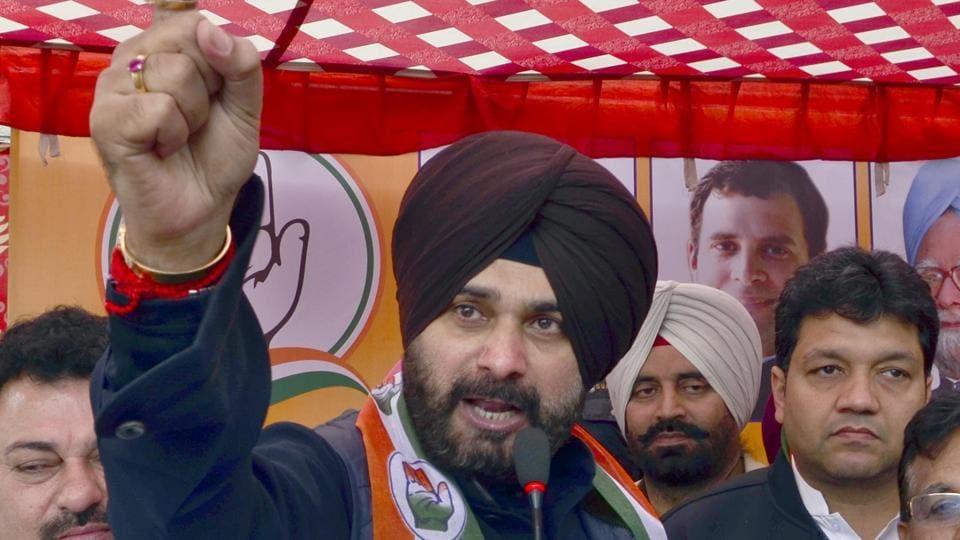 Navjot Singh Sidhu,Congress,Parkash Singh Badal