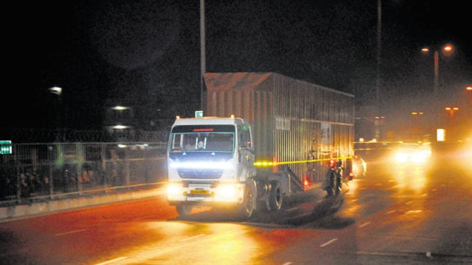 Haryana police has imposed restrictions on plying of heavy vehicles in Gurgaon for two days in the wake of Republic Day parade .