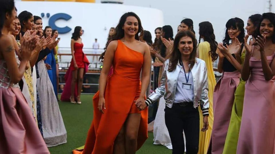 Actor Sonakshi Sinha displays the creation of fashion designer Monisha Jaising during opening show of Lakme Fashion Week Summer/Resort 2017 in Mumbai on Friday.  (IANS)