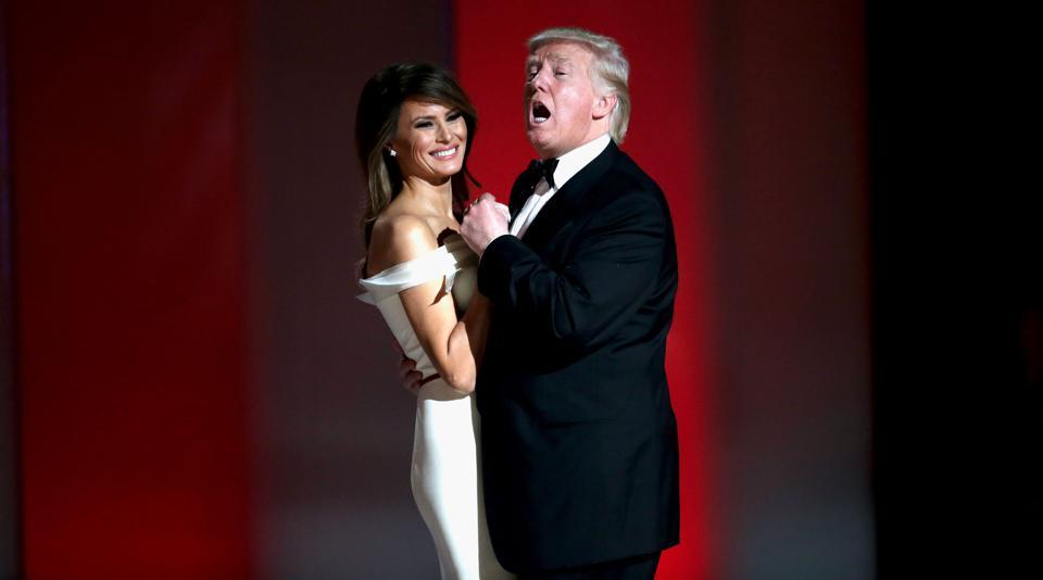 Melania Trump, the new First Lady, stunned all by the look she donned for the inaugural ball on Friday.