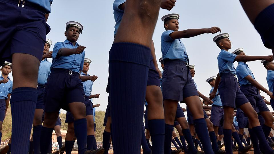 Members of Sea Cadet Corps during the rehearsal at Shivaji Park. (Anshuman Poyrekar/HT PHOTO)