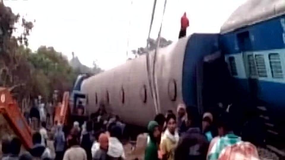 Train accident,Train derailed,Jagdalpur-Bhubaneswar Express