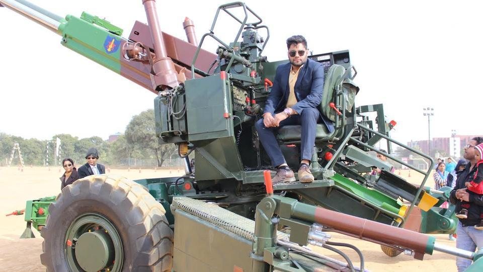 The 15mm Bofors Gun demonstrated at the venue was highly appreciated by the visitors toAmity University, Manesar, onFriday.