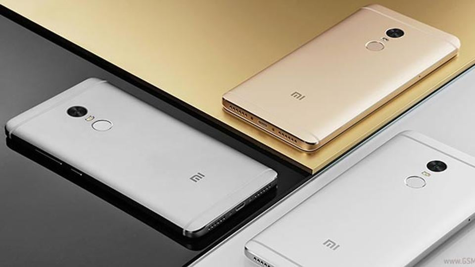 Chinese handset-maker Xiaomi's Redmi Note 4 smartphone that was launched on Friday last week will go on sale in India on Monday afternoon at domestic e-commerce player Flipkart's website and at Xiaomi's online store -- Mi.com.
