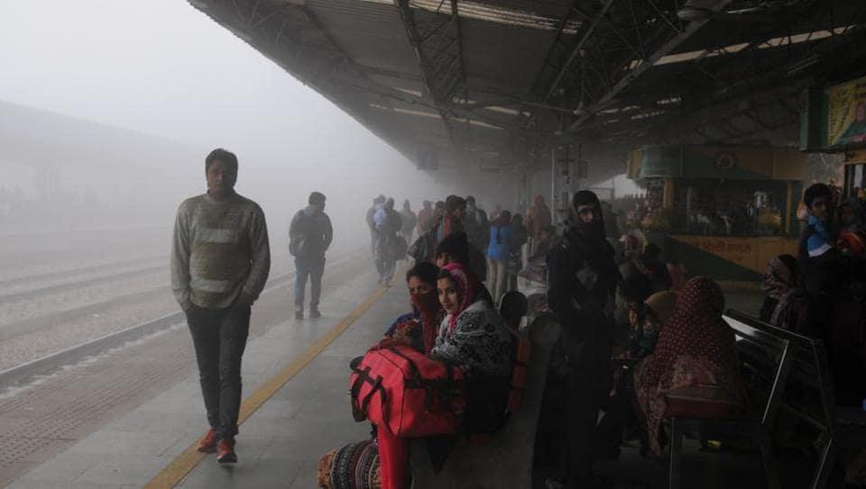 Gurgaon,railway,bus