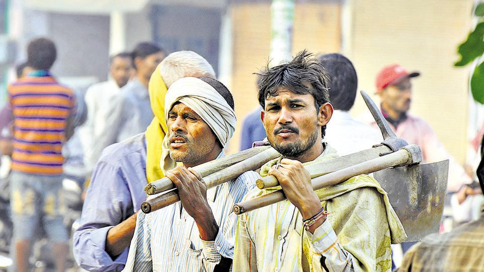 The daily wage labourers were the worst hit because of the demonetisation of Rs 500 and Rs 1000 notes. RSS affiliates have reportedly asked the Centre to enhance spending on schemes that incentivise farmers and domestic job creators.