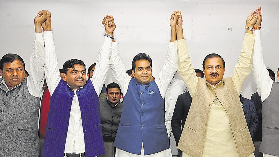 Pankaj Singh (third from left) addressed party workers and the media at Kailash Hospital in Noida on Monday with Dr Mahesh Sharma, Gautam Budh Nagar MP, by his side.
