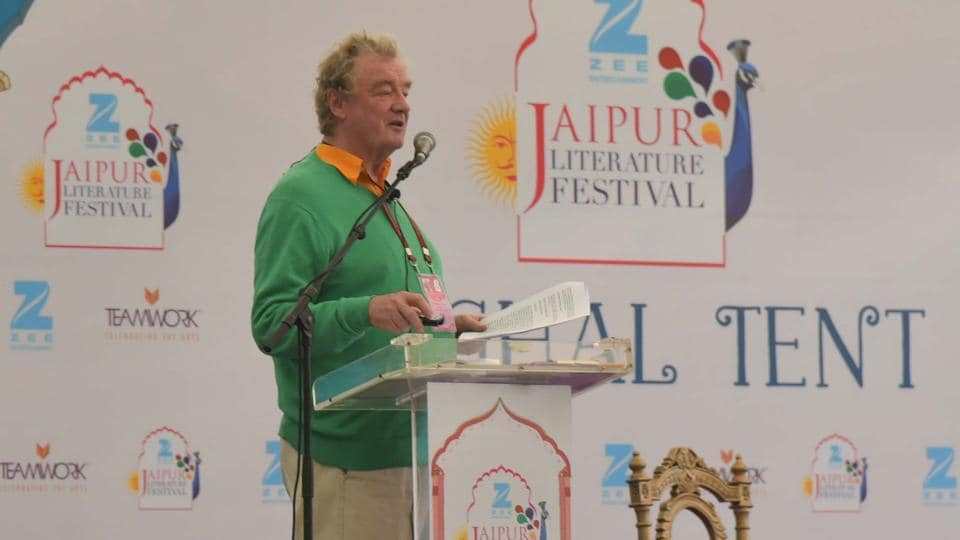 Christopher Sykes speaks during the session ' On Tour with the Rolling Stones' at JLF 2017 (Prabhakar Sharma/HT Photo)