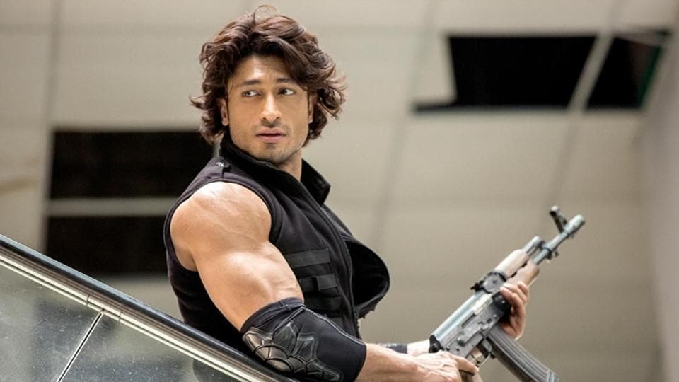 Commando 2 will hit the screens on March 3, 2017.