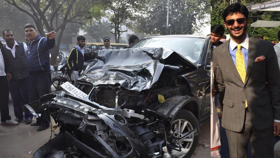 BMW-WagonR accident