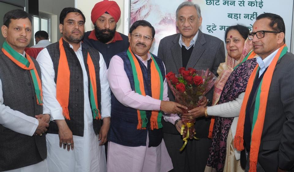 Congress leader Santosh Kashyap and others join BJP in presence of party's state in-charge Shyam Jaju and former CM Vijay Bahuguna, in Dehradun on Tuesday.