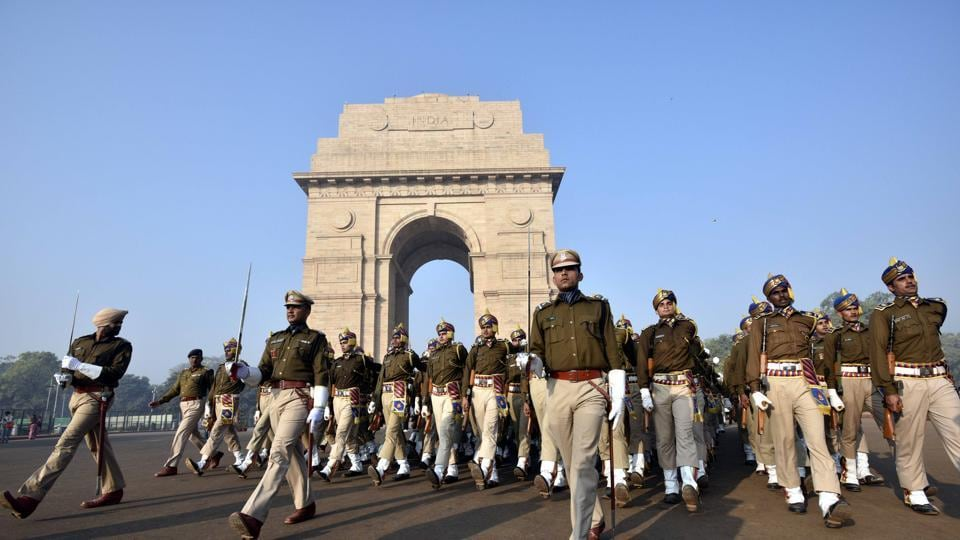 Delhi police personnel march as they rehearse for the upcoming Republic Day parade at Rajpath in New Delhi on January 4, 2017.