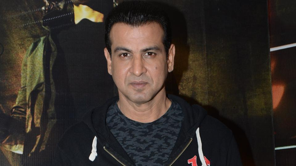 Acor Ronit Roy is playing the negative lead in Hrithik Roshan's latest film Kaabil.