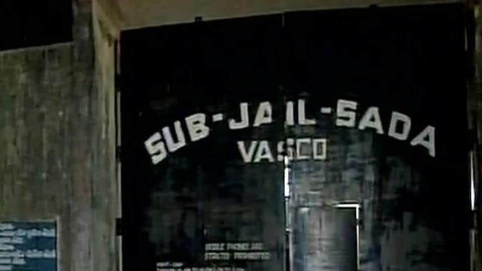 """A prisoner was killed, while a jailor, two security guards and nine inmates were injured when nearly 49 prisoners at Sada sub jail in Goa took the entire prison to """"hostage"""" and tried to flee."""