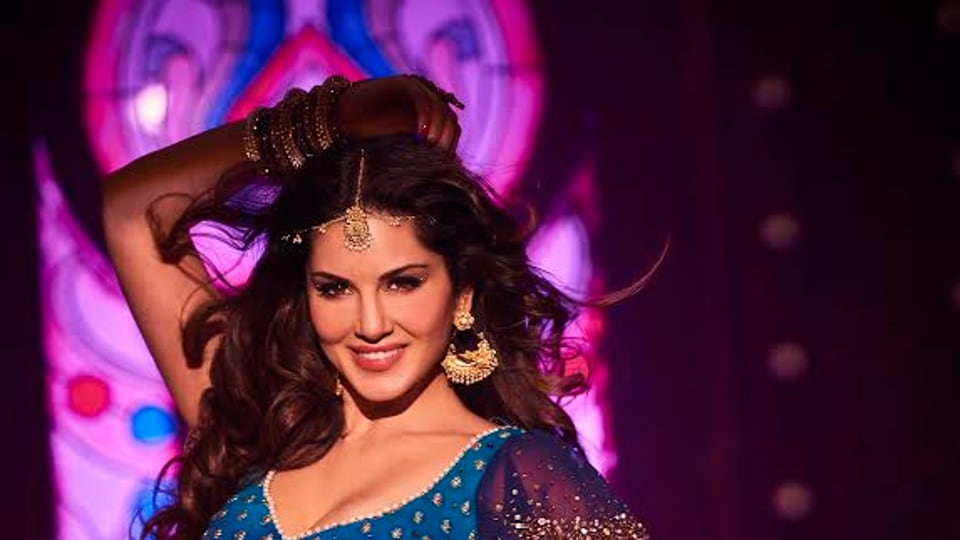 Sunny leone has done a special number in Raees.