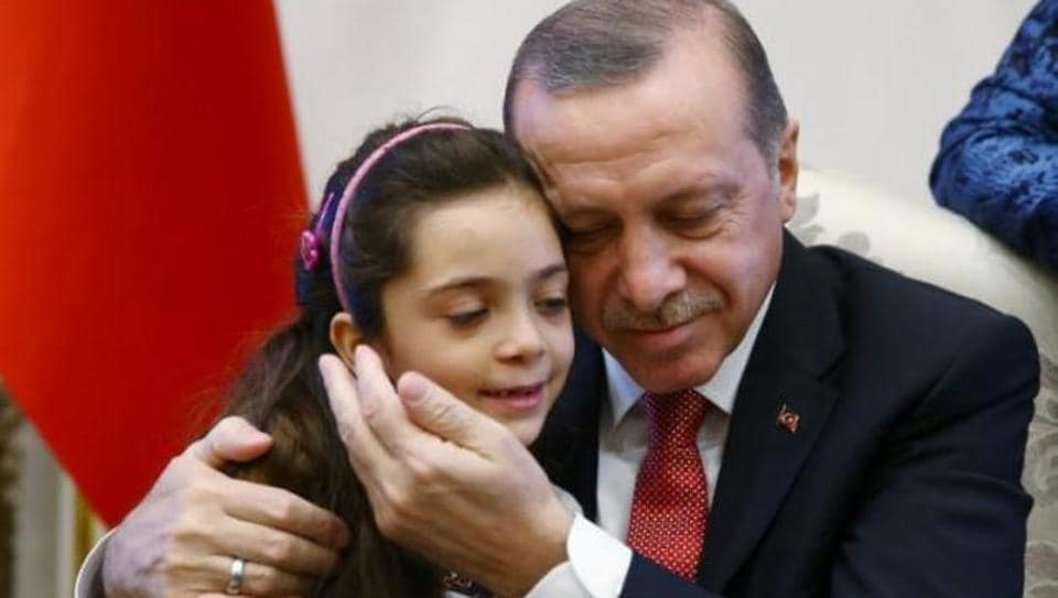 Seven-year-old Syrian girl Bana al-Abed, who came to international attention with her tweets giving a tragic account of the war in Aleppo, has written an open letter to new US President Donald Trump.