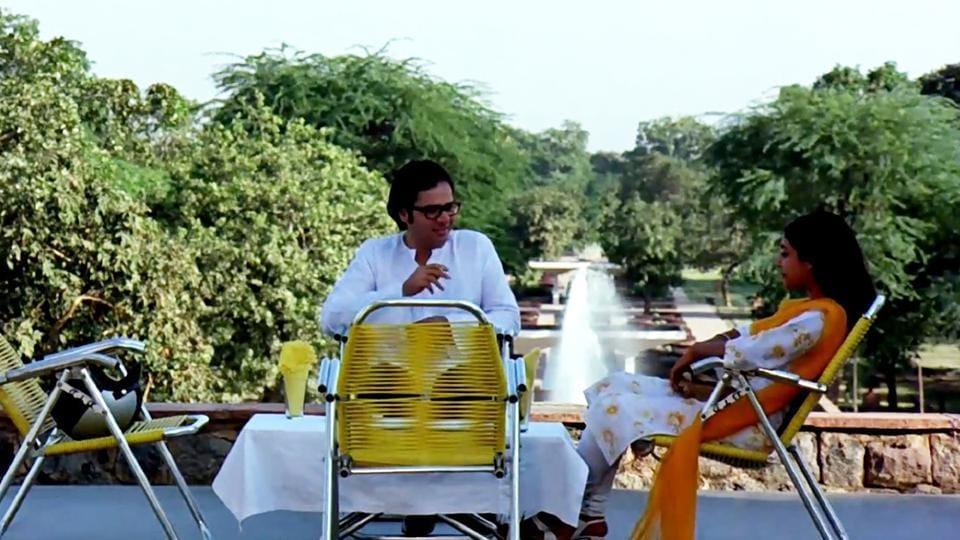 A scene from the film Chashme Baddoor shot at Talkatora Garden.