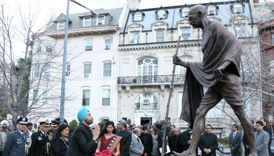 Indian Ambassador to the US Navtej Sarna paid floral tribute to the statue of Mahatma Gandhi in front of the embassy and unfurled the national flag in the presence of large number of Indian-Americans to celebrate the 68th Republic Day.