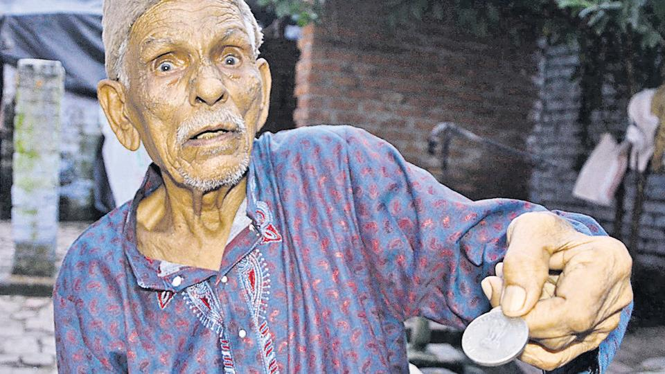Jurrat Hussain Kazmi,115-year-old cop,Republic Day