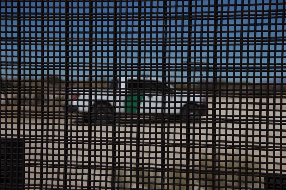 A US border patrol truck drives along the border line between Mexico and the US in Ciudad Juarez, Mexico. (AFP Photo)