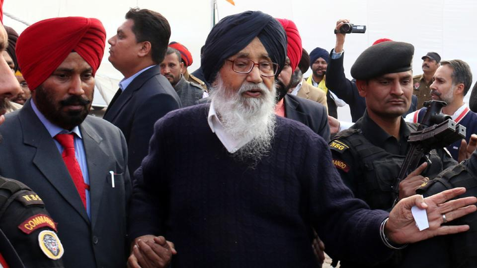 Punjab chief minister Parkash Singh Badal is leaving no stone unturned in targeting the Congress and the Aam Aadmi Party.